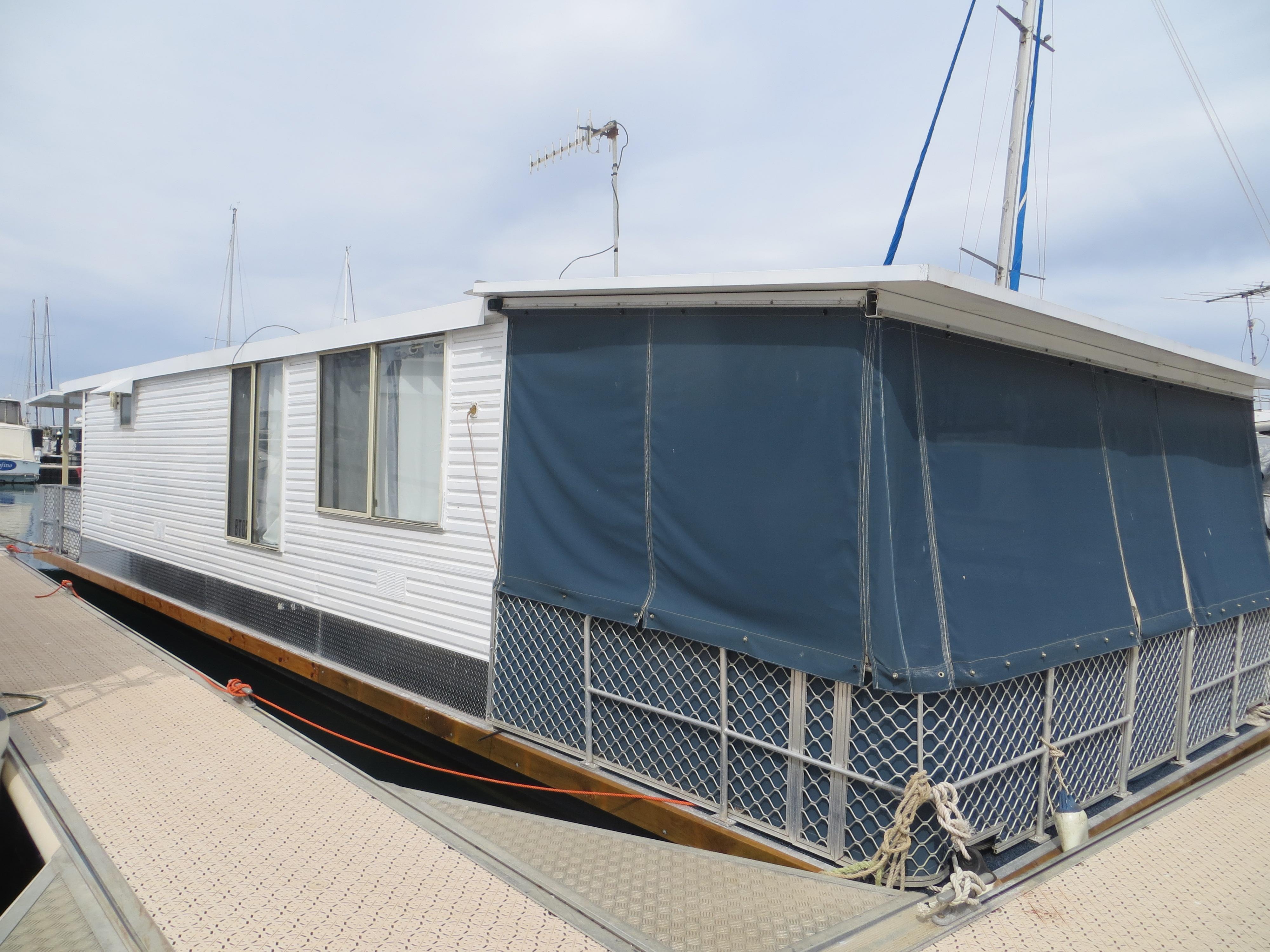 REF 013 Custom Built Houseboat For Sale